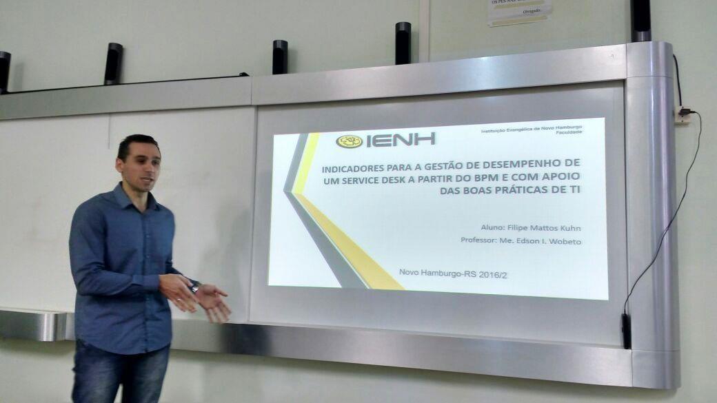 Acadêmicos da Faculdade IENH apresentam TCCs para bancas avaliadoras