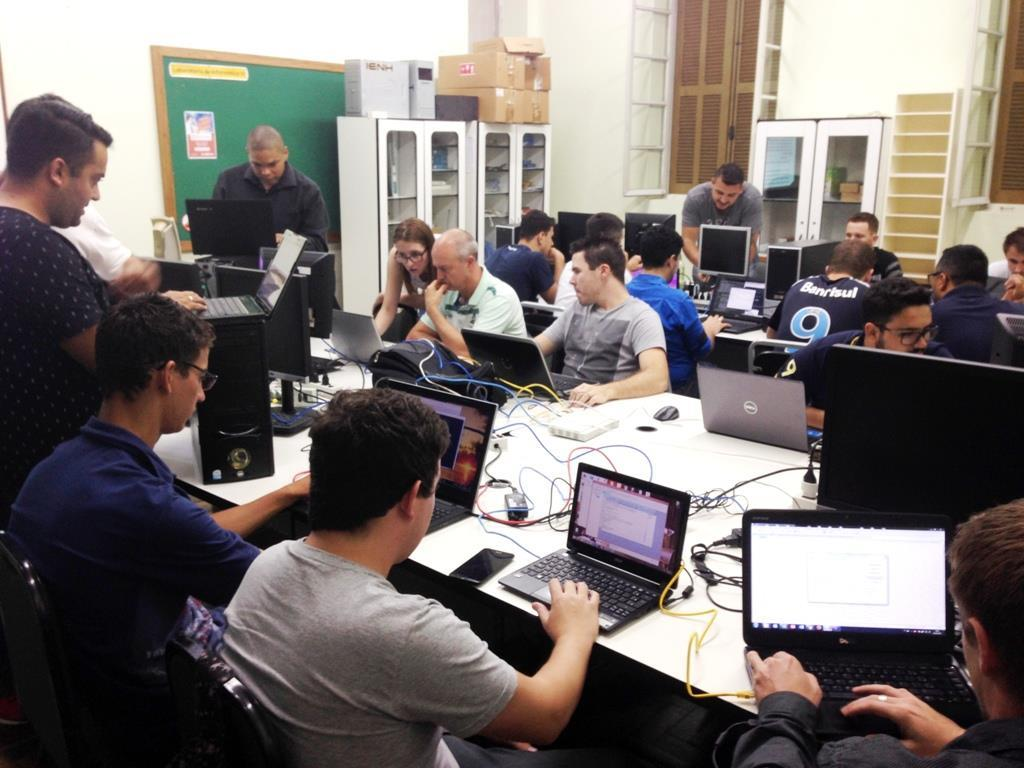 Atividade interdisciplinar no Curso de Redes de Computadores