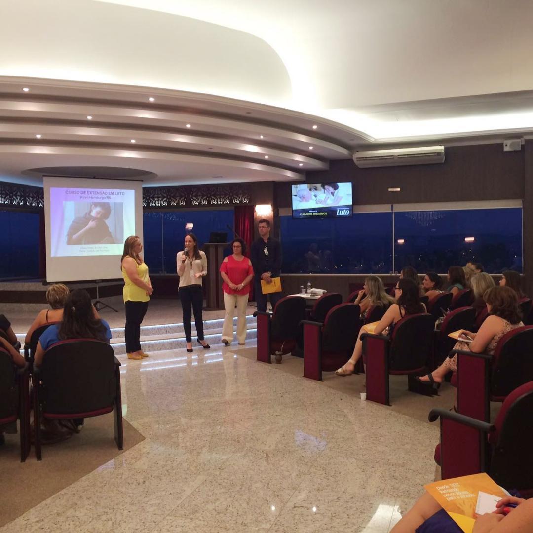 Aulas do Curso de Extensão em Luto iniciaram na sexta-feira