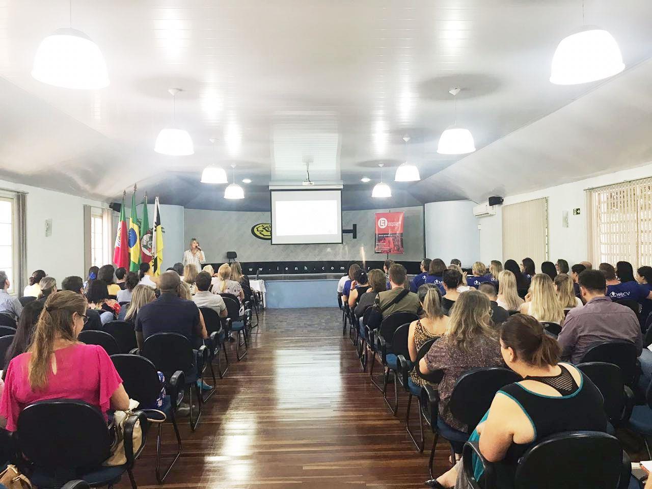 Comunicação não violenta é tema de evento gratuito na Faculdade IENH