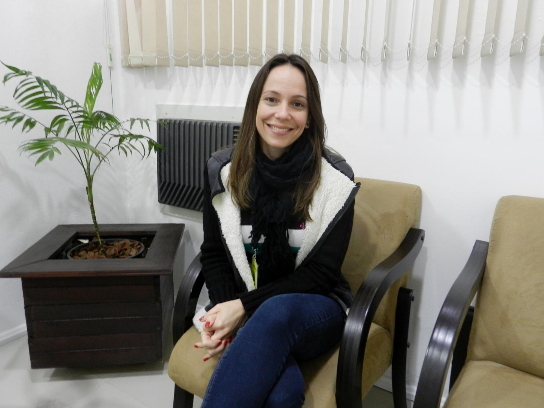 Coordenadora do Curso de Psicologia publica artigo