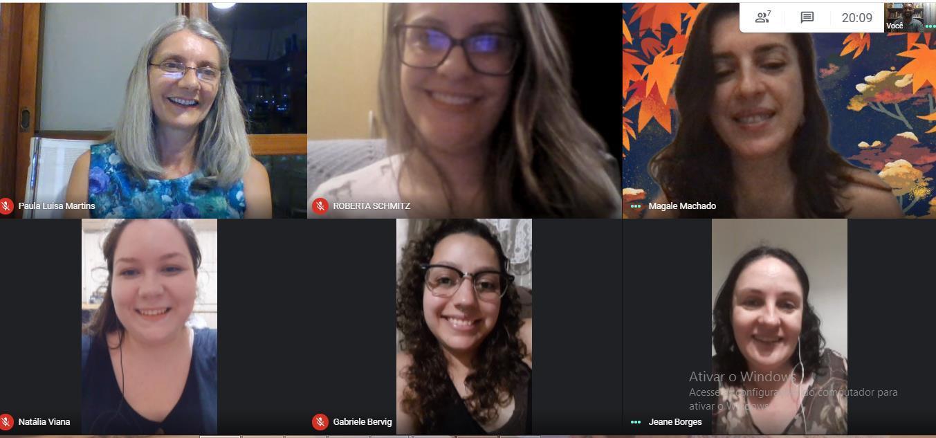 Curso de Psicologia promove encontro virtual com formandas