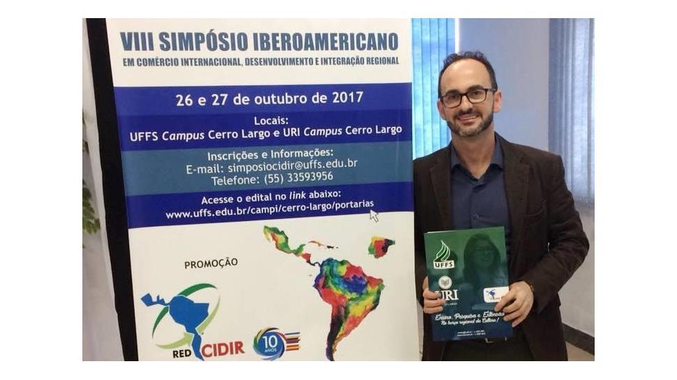 Faculdade IENH no VIII Simpósio Iberoamericano em Comércio Internacional