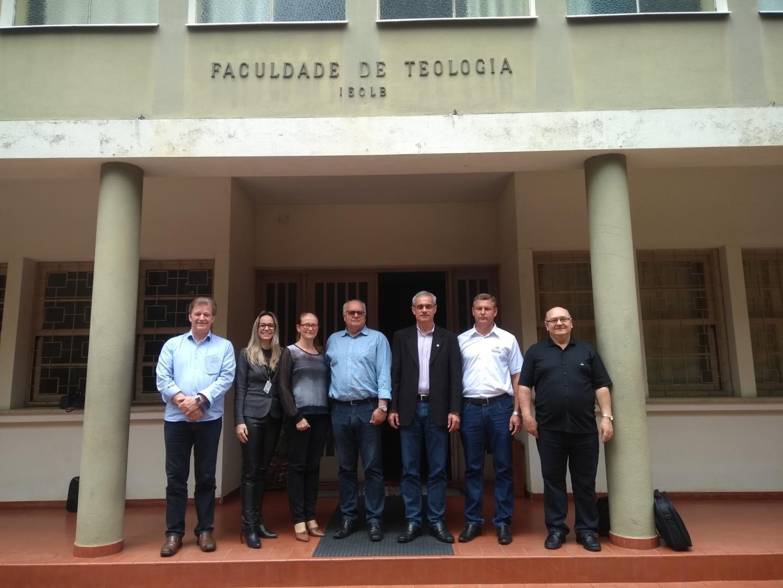 Faculdade IENH participa da Assembleia Geral do Fórum das Faculdades Comunitárias