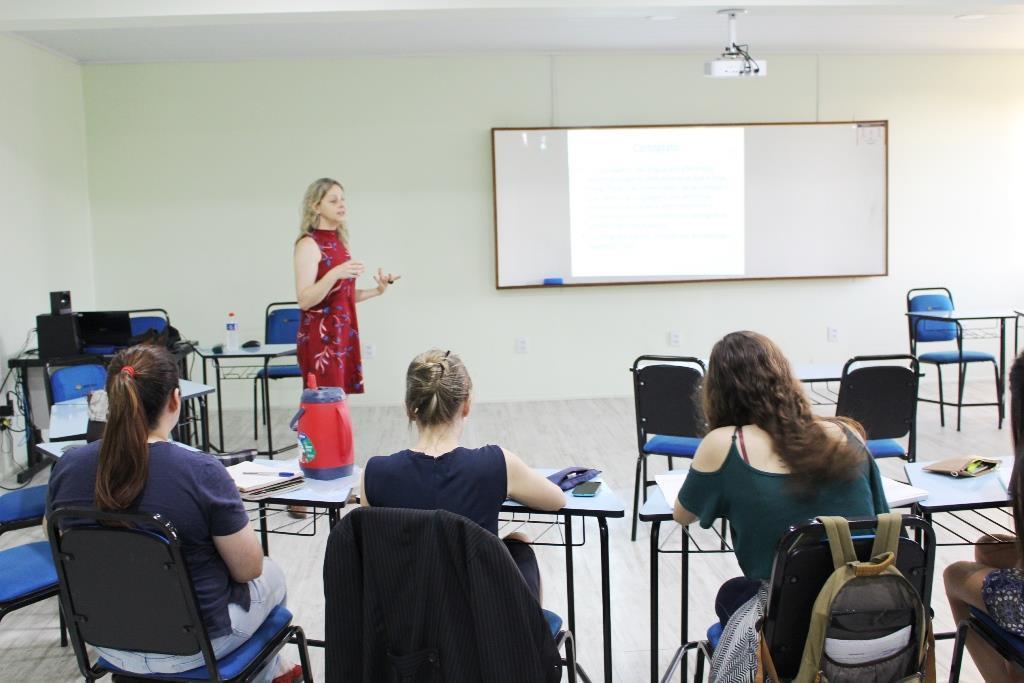 Faculdade IENH promove período de intensivos
