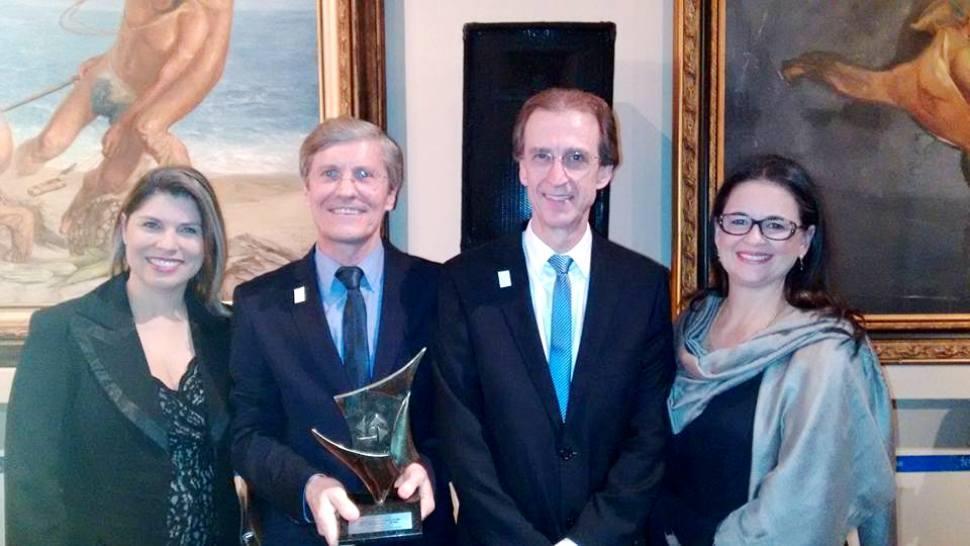 IENH recebe o Prêmio Destaque Empresarial ACI
