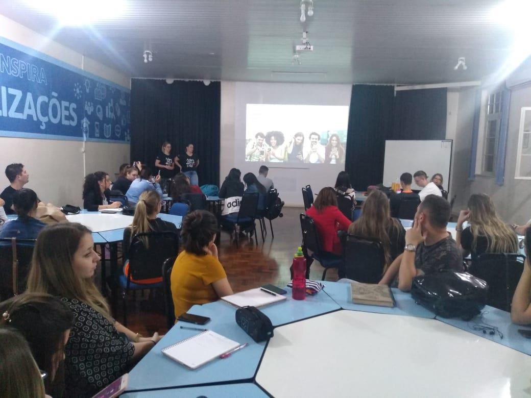 Marketing e pesquisa em redes sociais é tema de aula aberta na IENH