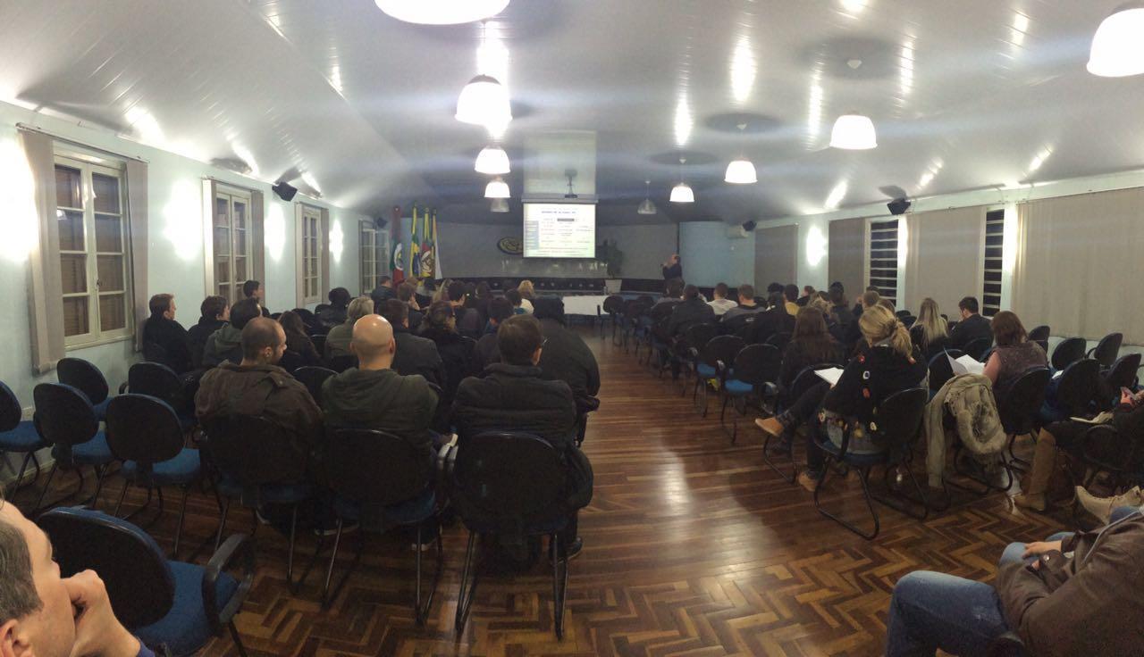 Mercado global do Couro é tema de evento na Faculdade IENH