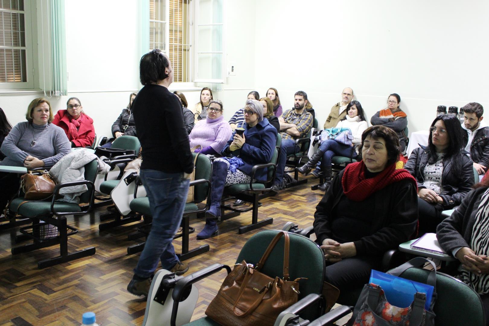 NEGEDJ realiza encontro de formação continuada do Instituto Estadual Seno Frederico Ludwig