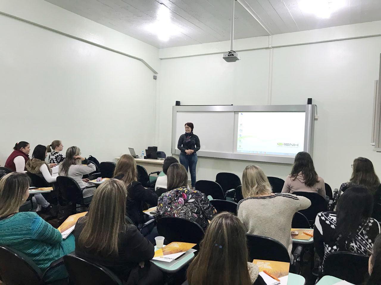 Neuroeducação é tema de curso na Faculdade IENH