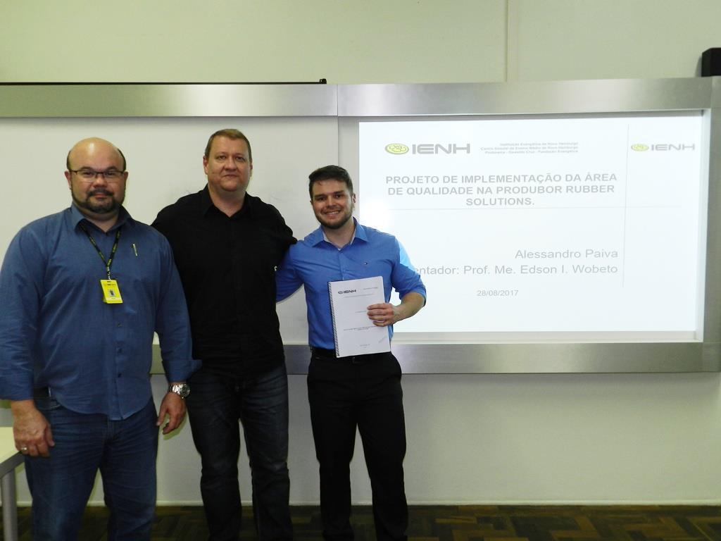 Pós-graduandos de Gestão de Projetos apresentam TCCs