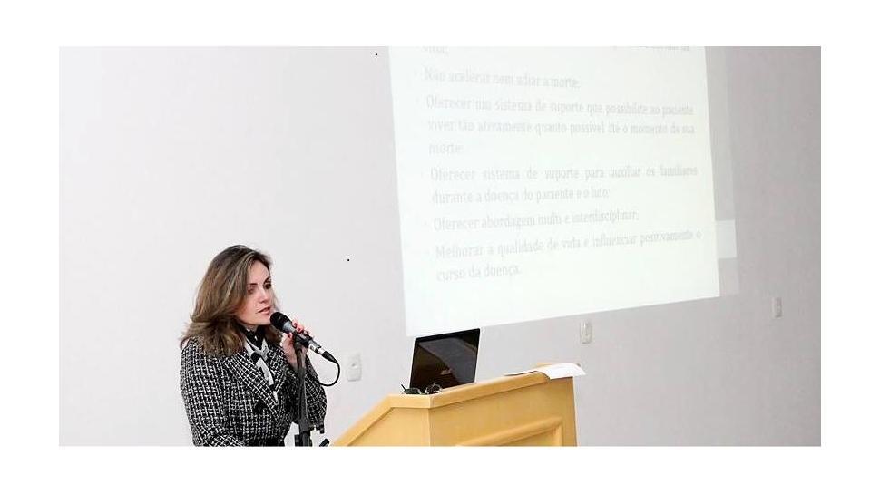Professora da Faculdade IENH participa de evento da Sociedade Brasileira de Geriatria e Gerontologia