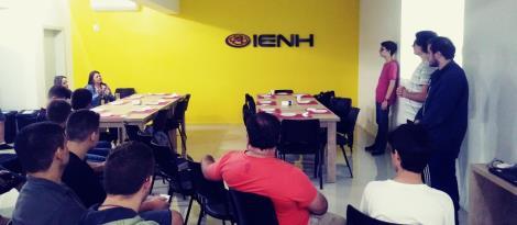 Alunos do Curso Técnico em Informática da IENH organizam evento com Project Model Canvas
