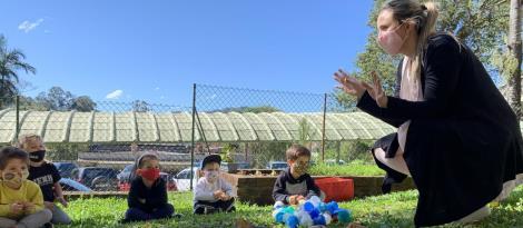 Crianças do Nível 3B da Unidade Pindorama trabalham a criatividade por meio dos animais selvagens