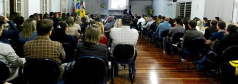 Faculdade IENH recebe Martin Portner para palestra pelo Dia do Administrador