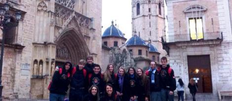 Alunos da IENH retornam hoje do Intercâmbio na Espanha